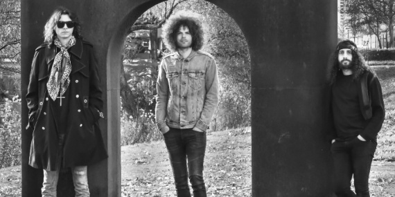 Wolfmother-2