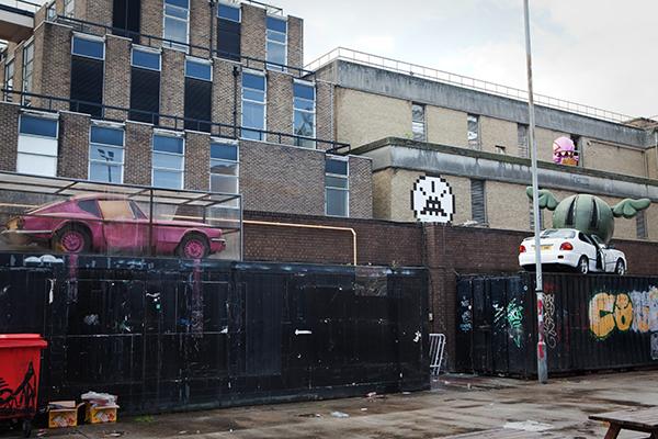 Street Art Londres Banksy D*Face et space Invader à Brick Lane
