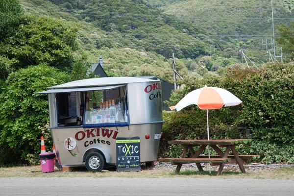 Café de Okiwi Bay en Nouvelle Zélande
