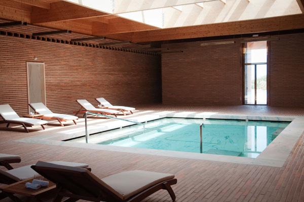 Piscine intérieure du Spa de l'Hôtel Porto Santo