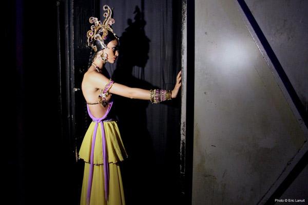 © Eric Lanuit - Lido de Paris - Backstage de la Revue Bonheur