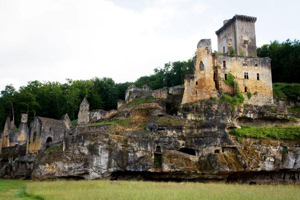 Chateau de Commarque dans le Périgord