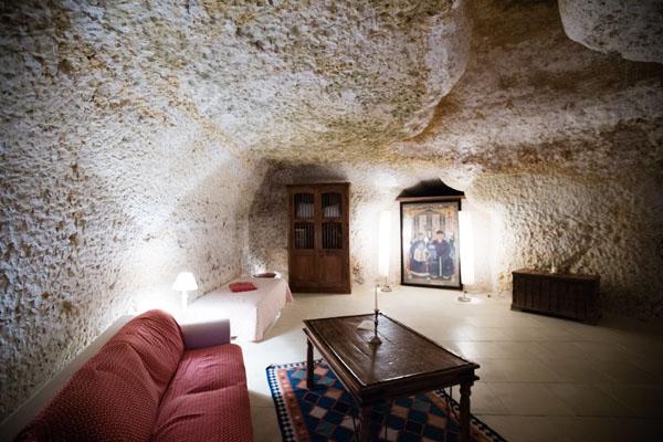 Chambre troglodyte Château de Chissay