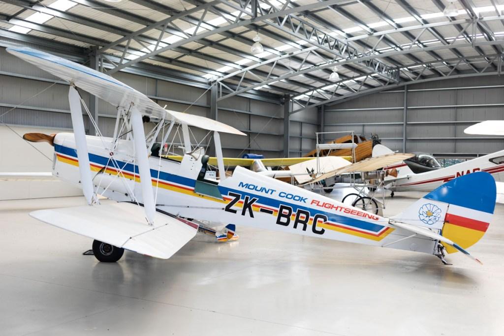 Mont Cook vintage aircraft