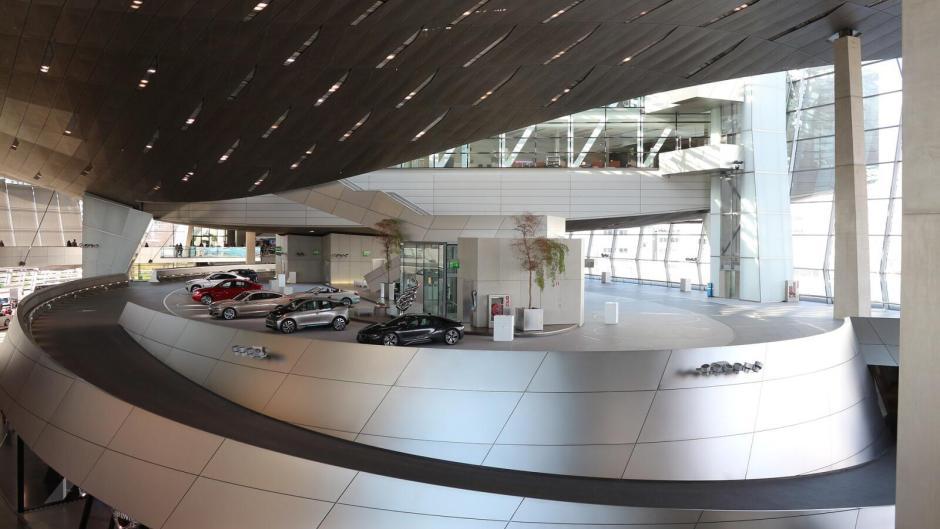 BMW World - předávací místo