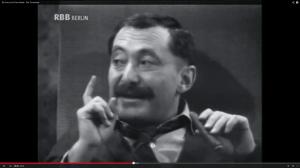 "Warnt mal wieder vor den ""Sozis"": Alfred Tetzlaff (Heinz Schubert). (Screenshot aus: http://www.youtube.com/watch?v=sOGTZ-iQpT0)"