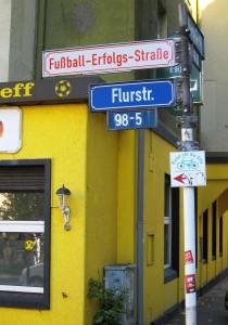 Where the streets have new names: Ein Projekt der Künstler Henrik Mayer und Martin Keil. Foto: Borsig11