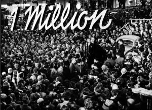 Die Belegschaft feierte: Eine Million Volkswagen waren am 5. August 1955 in Wolfsburg vom Band gelaufen. Foto: Volkswagen AG