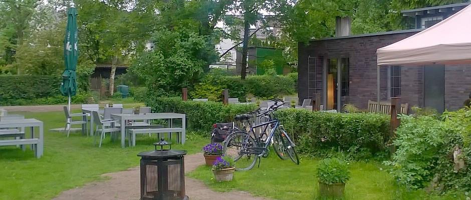 Hexenhäuschen Gartenhaus revier oberhausen gartenhaus geheimtipp am radweg