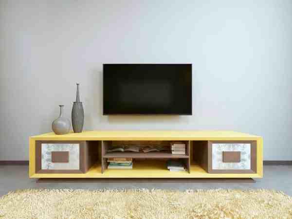 Smart TV Philips em sala de estar.