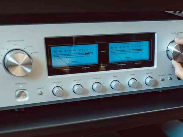 Amplificatore Hi-Fi in primo piano