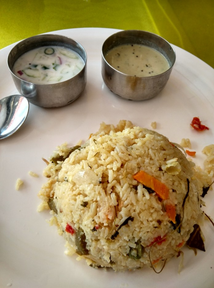 vegetable pulav @ amrutha food corner, nagasandra circle, basavanagudi