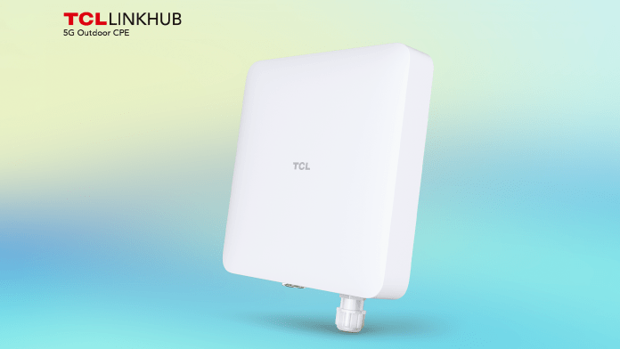 TCL's outdoor 5G LINKHUB.