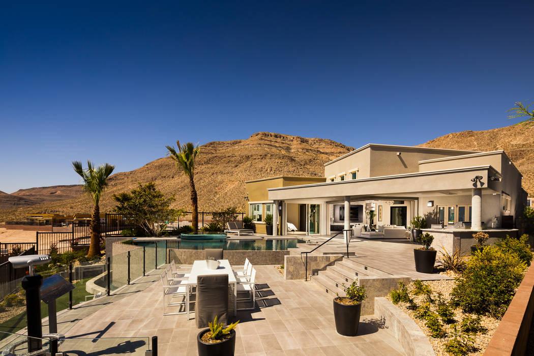 Toll Brothers opens Mesa Ridge in Summerlin  Las Vegas