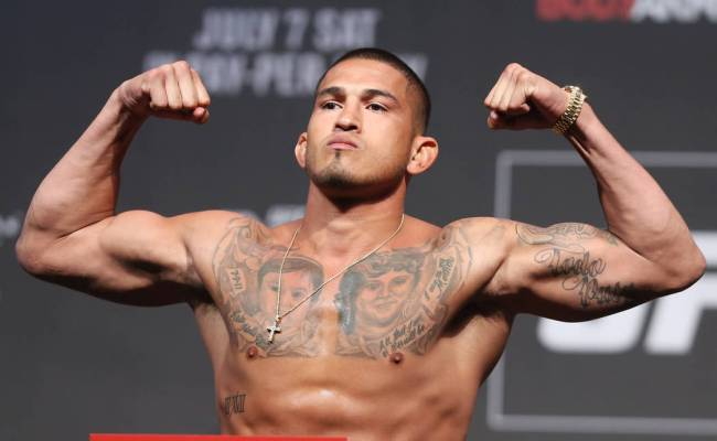 Anthony Pettis Joins Conor Mcgregor Sweepstakes With Ko