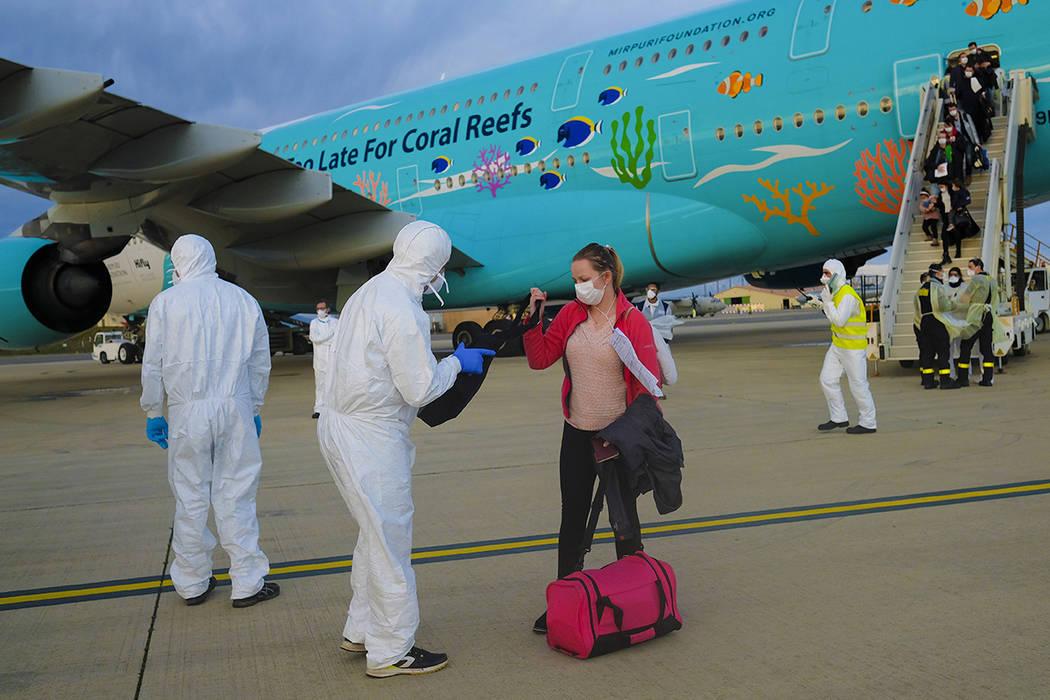 Coronavirus not likely to hurt Las Vegas tourism, experts say ...