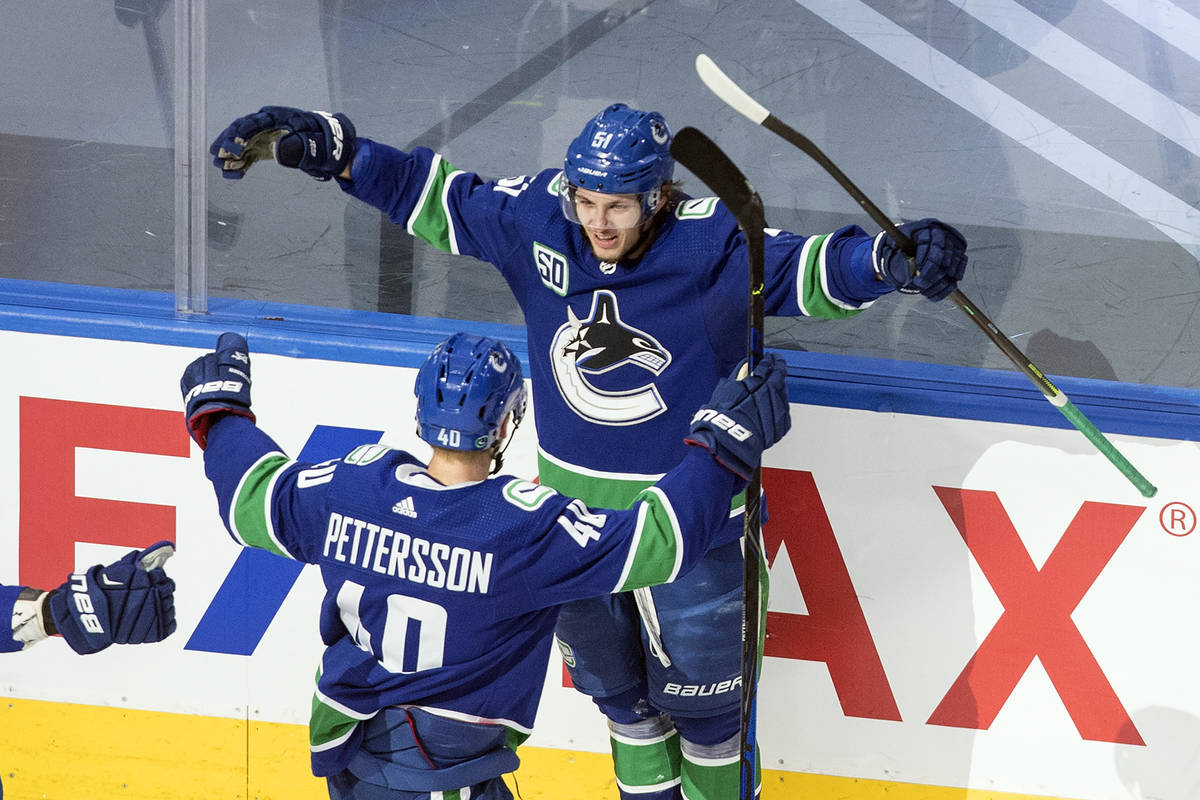 Golden Knights Vancouver Canucks Meet In Second Round