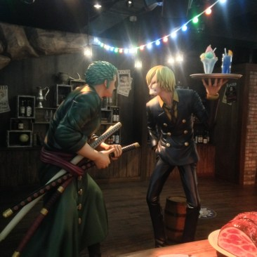 Figurine of Zoro and Sani arguing yet again