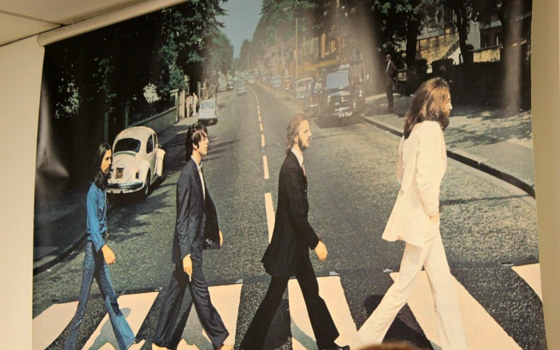 Boekhandel Van der Velde Groningen A-Kerkhof - The Beatles