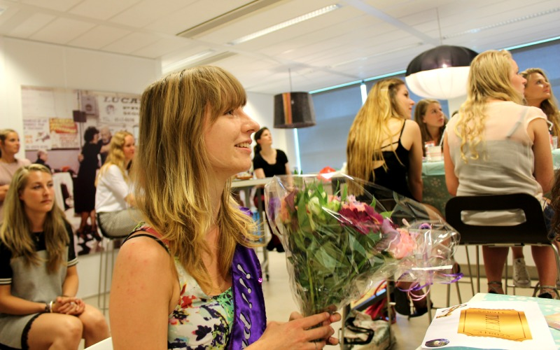 Zomer Books, Blogs & Borrel - Lisa Leave No Story Behind