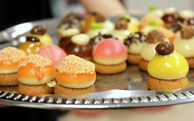 Zomer Books, Blogs & Borrel - Petit fours