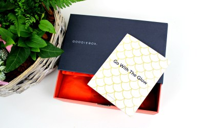 Unboxing | Goodiebox – Go with the Glow