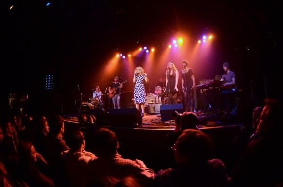 caroline smith first avenue 12-5-13 11