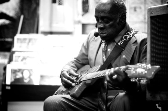 leo bud welch blues treehouse 4