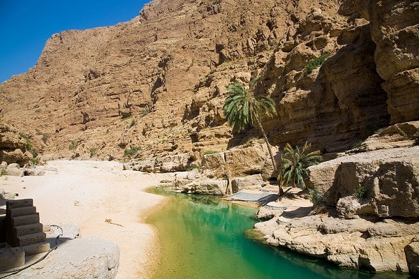 wadi_shab-min