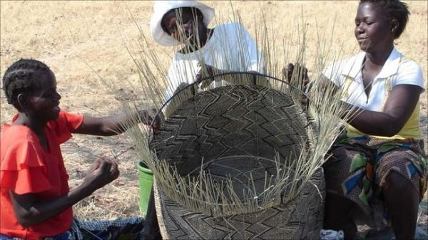 Basket weaving is a craft that goes back to the Mutapa state and possibly beyond. Image credit bbcnews.com