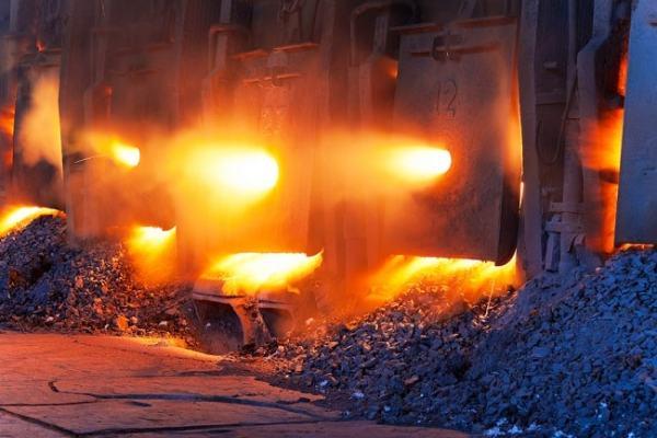 Molten cast iron. Image credit engineering.com