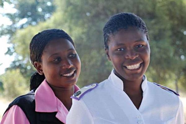 Zimbabwe nurse and health worker. Image credit icrc.org