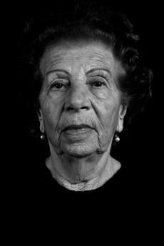 Inocencia Luca de Pegoraro. Su hija Susana Beatriz Pegoraro fue secuestrada por el terrorismo de estado en junio de 1977. Susana dió a luz en la ESMA a una niña. En abril de 1999, Inocencia pudo localizar a Evelin, quién recuperó así su verdadera identidad. Fue la nieta recuperada Nº 89.
