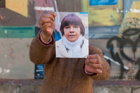 Sara. 11 años trabajando. Baño de plaza Colón. Turno mañana.