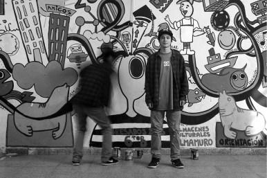 Nico. Escuela Municipal 206. Taller de muralismo. Sobre decenas de paredes de muchísimas instituciones de la ciudad. Niños, niñas, jóvenes y adultos. Antes.