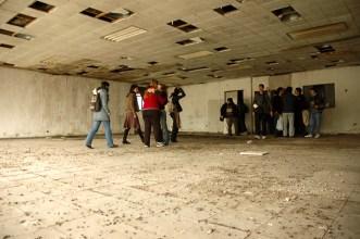"""La sala de teatro y de entrenamiento """"El Palomar"""" recibió su nombre por el estado en la que fue encontrada el día de la recuperación del edificio."""