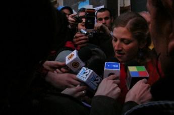 Primeras declaraciones a los medios de comunicación que se acercaron al lugar.