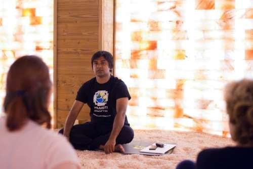 Yoga cu Avisek Majumdar (6)