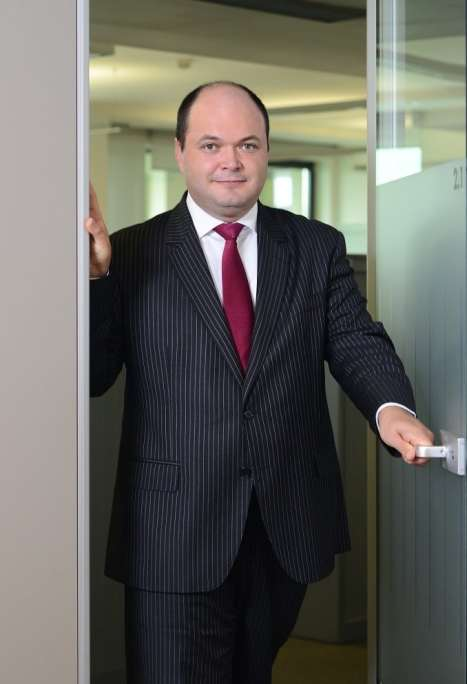 Ionut Dumitru_m