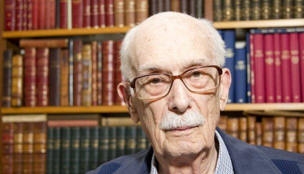 O Brasil ficou mais pobre, morreu Antonio Candido