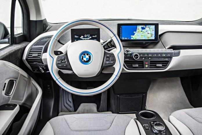 Puesto de conducción del BMW i