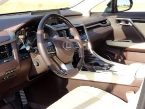Lexus RX 450h_volante