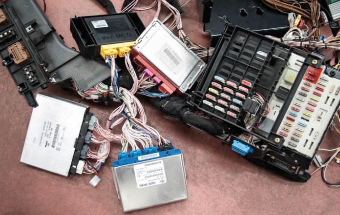 Centralitas electrónicas
