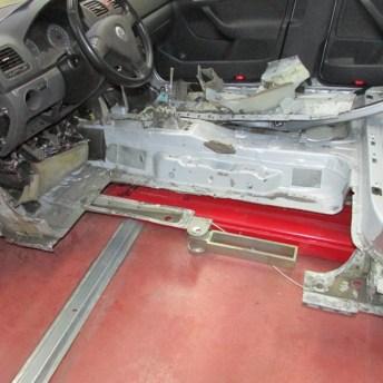 Sustitución del piso de habitáculo en sección parcial