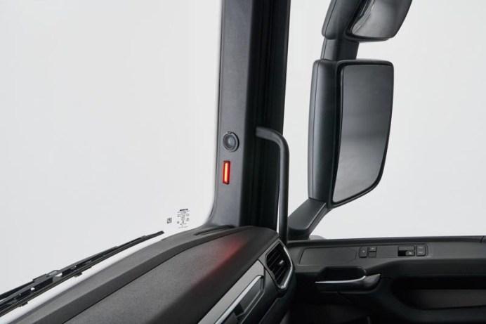 Monitor automático de punto ciego de Scania
