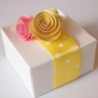 caixa bonita decorada para presente