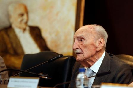 Franciscio Ayala