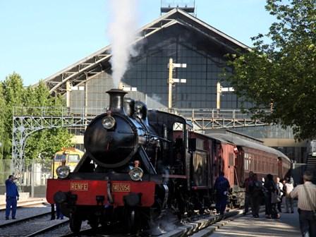 El Tren de la Fresa, nueva locomotora. Museo del Ferrocarril