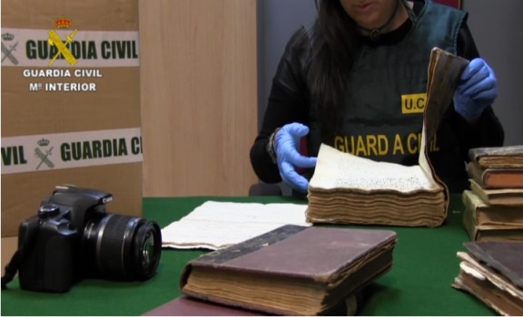 Robo libros, Guardia Civil -3