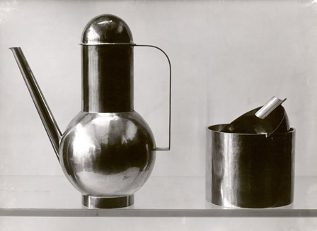 Bauhaus metal workshop, objects designed by Marianne Brandt, 1924 - credit Bauhaus-Archiv berlin
